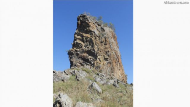 Central tower of Hell's gate national park, a view from the bottom [1]