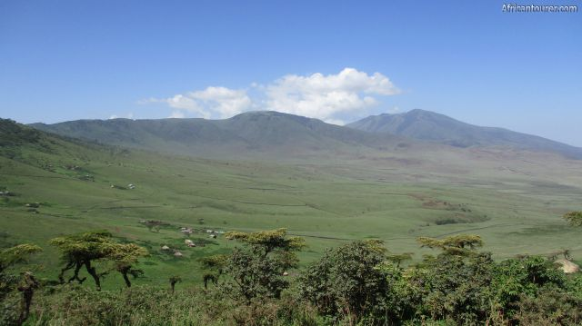 The Malanja depressionof Ngorongoro conservation area, (near) with mountains Satiman and Makarot in the distance