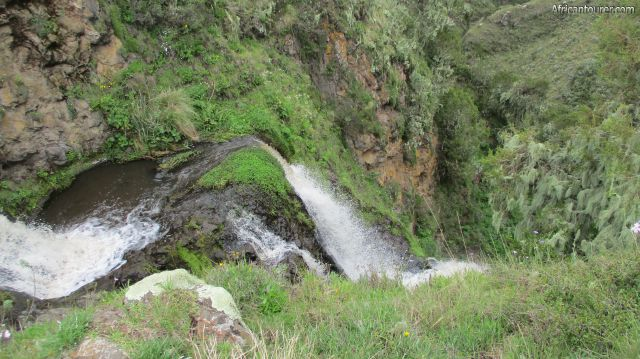 Olmoti crater (Munge) waterfall, view from above (edge of crater floor)